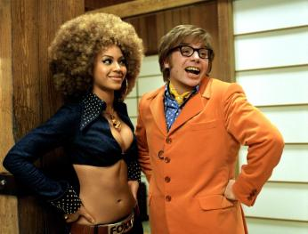 AUSTIN POWERS IN GOLDMEMBER, Beyonce Knowles, Mike Myers, 2002 (c) New Line Cinema. .