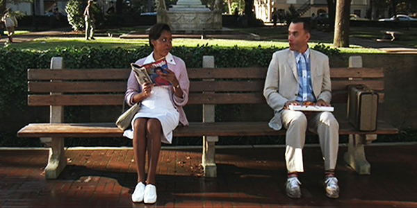forrest-gump-1994-movie-forrest-park-bench-savannah-georgia-life-is-like-a-box-of-chocolates-tom-hanks-best-picture-review