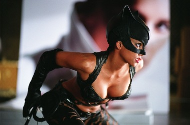 halle-berry-as-catwoman-1