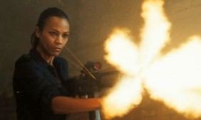 zoe-saldana-machine-gun-colombiana