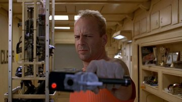 bruce-willis-in-the-fifth-element