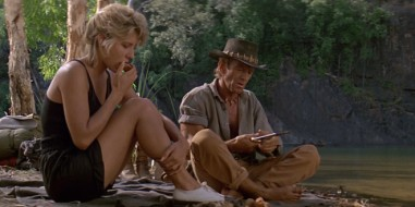 crocodile-dundee-1986-movie-still-660x330