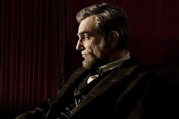 daniel-day-lewis-in-lincoln-2012-movie-image