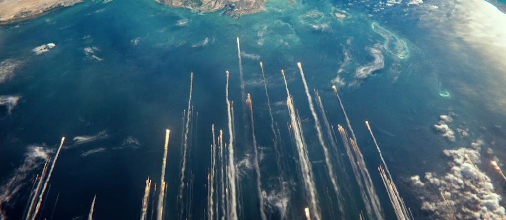 gravity-movie-2013-trailer-screenshot-debris