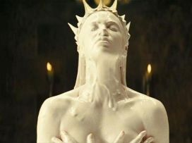 snow-white-and-the-huntsman-2012-movie-image-3