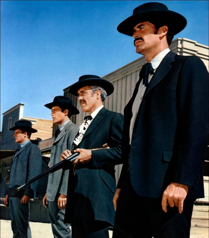 Prod DB © Mirisch-Kappa Production / DR SEPT SECONDES EN ENFER (7 SECONDES EN ENFER/HOUR OF THE GUN) de John Sturges 1967 USA avec Sam Melville, Frank Converse, Jason Robards et James Garner western, portrait, Morgan Earp, Virgil Earp, Doc Holliday, Wyatt Earp, sheriff, marshall, fusil, braquer, OK Corral, duel,