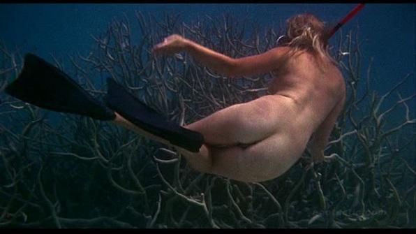 helen-mirren-age-of-consent-swimming-cap-06[1]