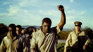 mandela-in-the-trailer-to-mandela-long-walk-to-freedom