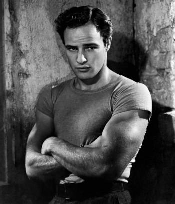 Marlon-Brando-Picture-A-Streetcar-Named-Desire-T-Shirt-e1426725416160-800x928