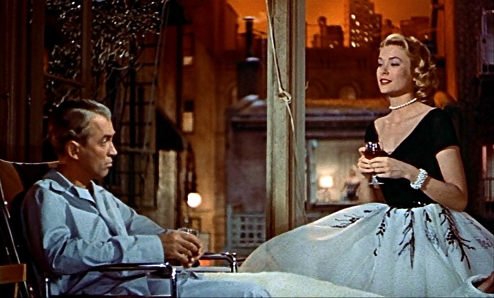 rear-window-first-outfit-sitting-down-2