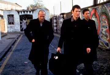 LOCK STOCK AND TWO SMOKING BARRELS, Jason Stratham, Nick Moran, Dexter Fletcher, 1998, (c) Gramercy Pictures