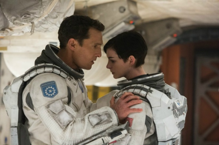anne-hathaway-interstellar-matthew