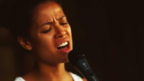 beyond-the-lights-2014-movie-review-noni-sings-blackbird-nina-simone-gug-mbatha-raw