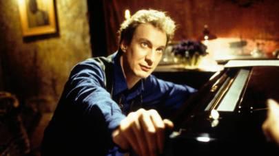 Besieged (1998 Italy) aka L'Assedio Directed by Bernardo Bertolucci Shown: David Thewlis (as Jason Kinsky)