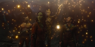Marvel's Guardians Of The Galaxy..L to R: Drax the Destroyer (Dave Bautista), Gamora (Zoe Saldana), Groot (voiced by Vin Diesel) and Peter Quill/Star-Lord (Chris Pratt)..Ph: Film Frame..?Marvel 2014